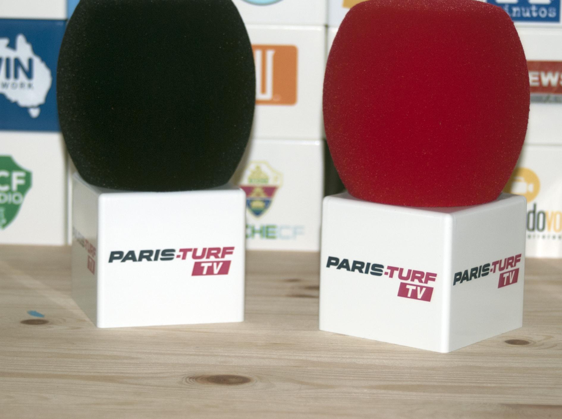 Paris Turf Microfone