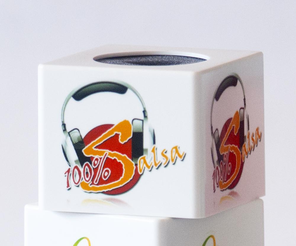 Microfonos con logos